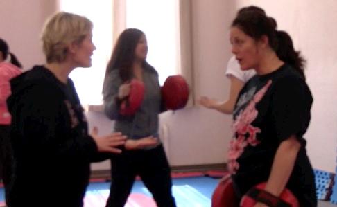 Women's Self-Defence - A.I.M. Academy - Verbal De-escalation